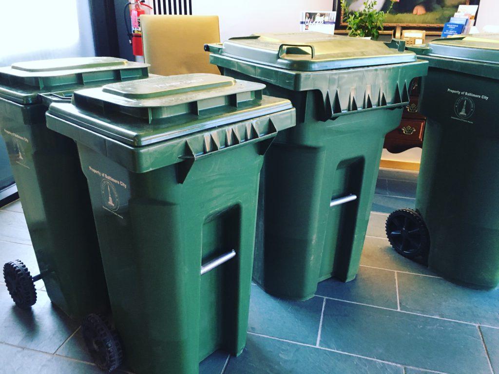 سطل زباله پلاستیکی پدالی بزرگ