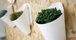 گلدان پلاستیکی کوچک دیواری